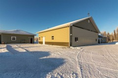 3 bdrm Home + Hangar and 2400' RUNWAY in Sterling, AK